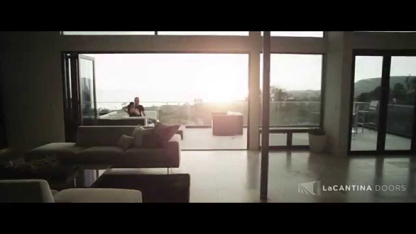 "Ryan Locke – ""LaCantina Doors"" - internationaler Werbespot"